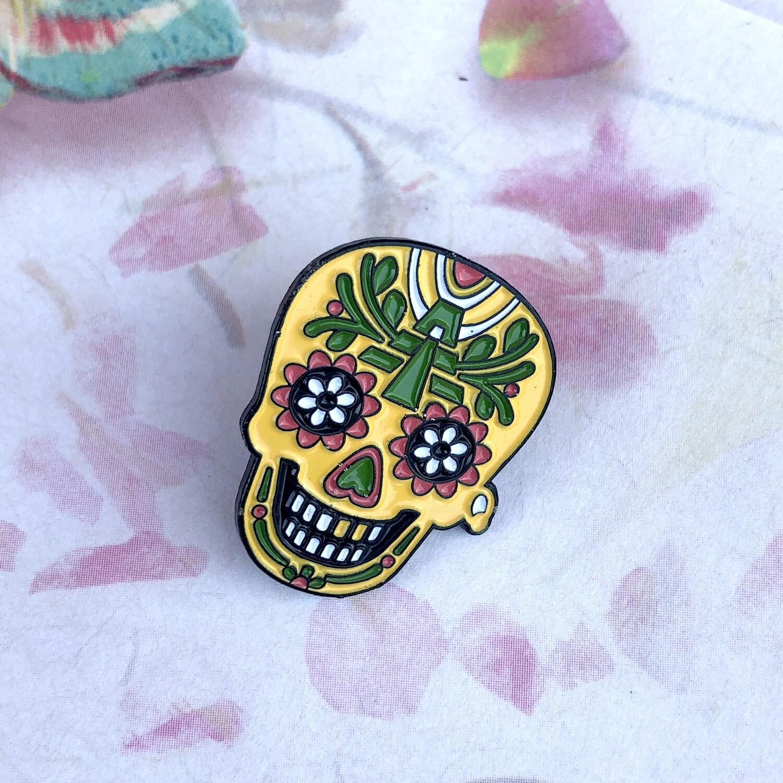 Calaca, Mexican, Skull, Día de Muertos, Day of The Dead, Mayan Temple, Pyramid soft enamel metal pin