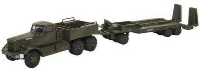 Diamond T980 Tank transporter