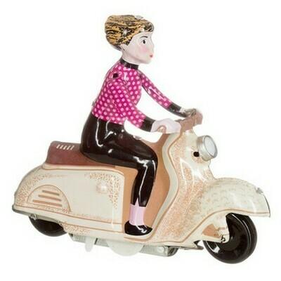 Meisje op scooter, beige.
