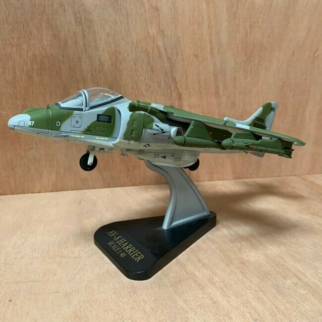 Harrier AV8