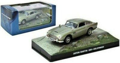 James Bond  -  Austin Martin DB5