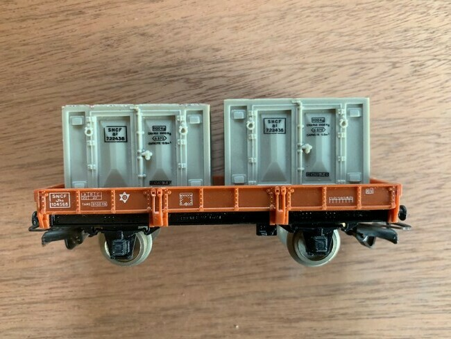 Jouef  Plateau wagon met 2 containers