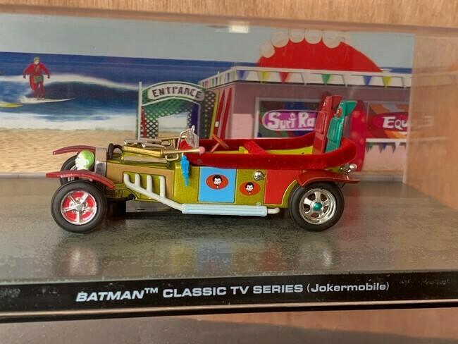 Batman  -  Jokermobile
