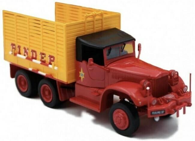 Diamond T968A  - Circus Pinder