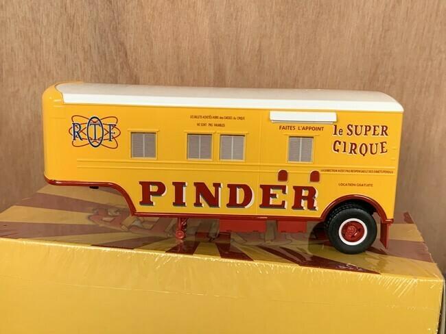 Circus Pinder Kassawagen
