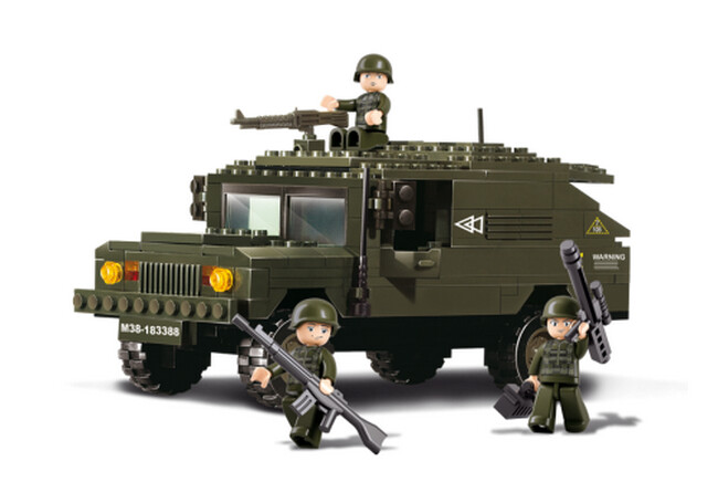 Hummer terreinwagen (B9900)