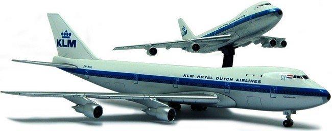 Boeing 747 - 200