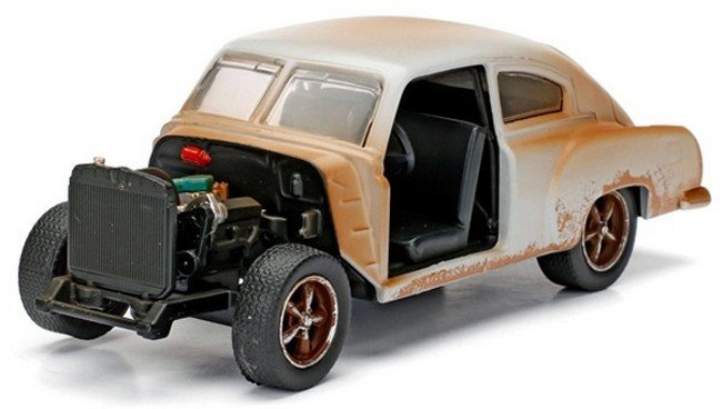 Fast & Furious - Chevy Fleetline Rusted