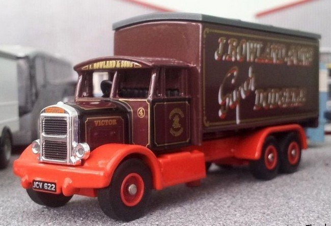 "Scammell 6-Wheeler "" J Rowland & Sons Circus """