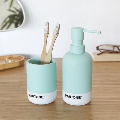 Bathroom set pantone green
