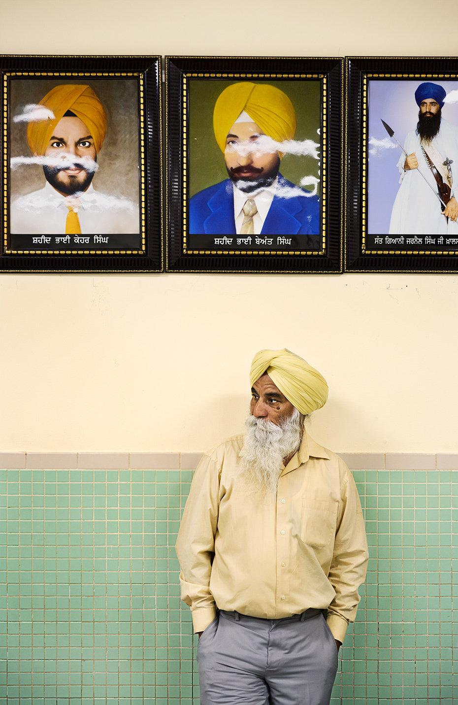 "Sikh Man Framed Print | 20x24"""