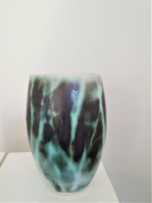 Tumbler Vase, green trees