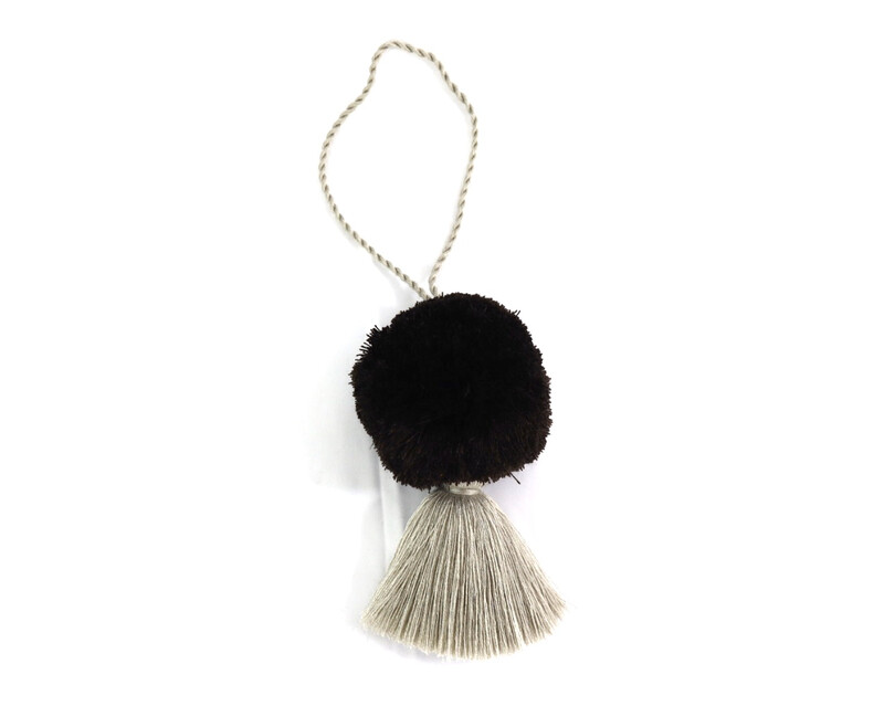 Pom Pom Ball Tassel - XL (No. 254)