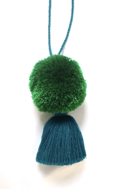Pom Pom Ball Tassel - XL  (No. 259)