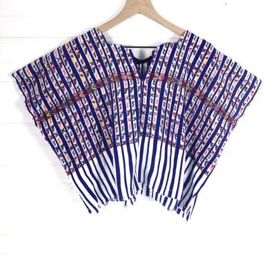 Huipil | Hand Woven Blouse | Vintage Top - San Lucas Toliman (S/MEDIUM)