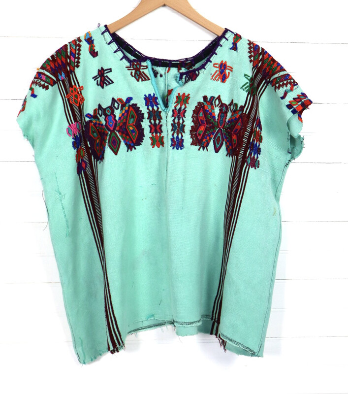 ​Huipil | Hand Woven Blouse | Vintage Top - Chajul (MEDIUM/LARGE)