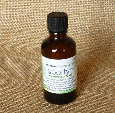 Sporty body oil