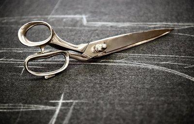 Tailoring Scissor Sharpening