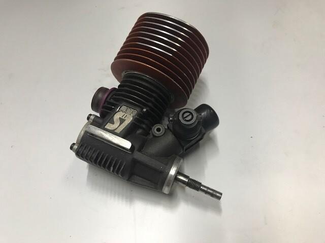 RB Products World S7 nitro engine