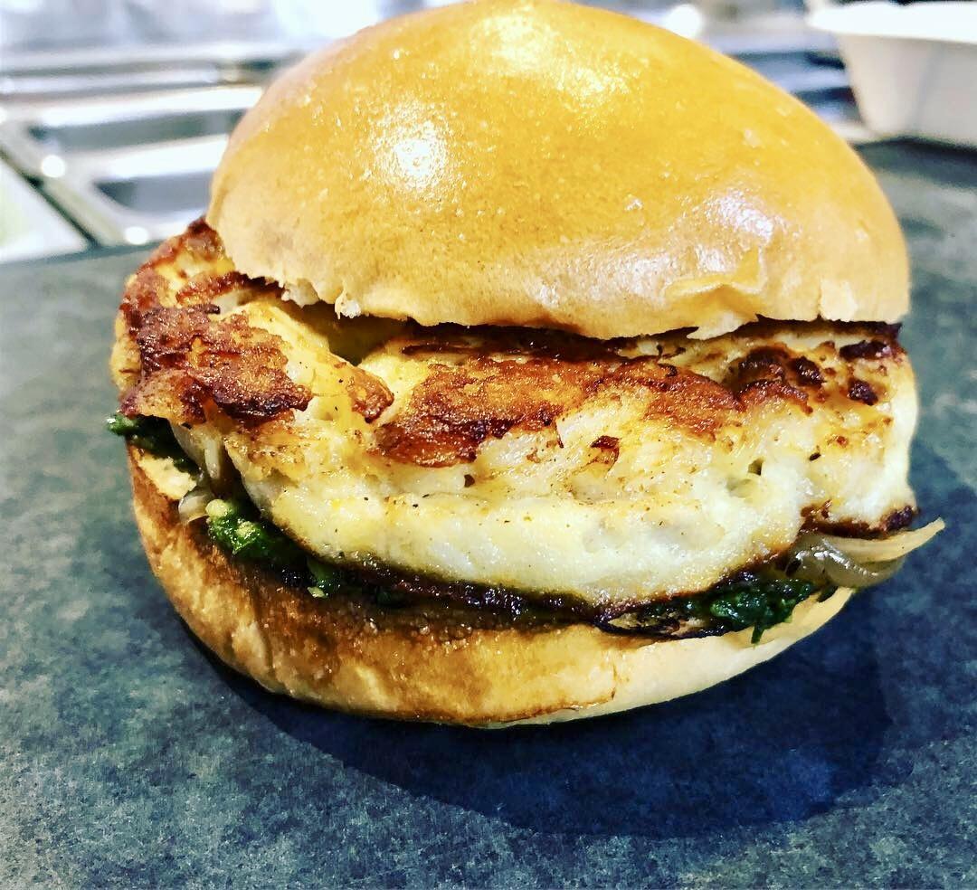 True Blue MD Crab Burger 00003