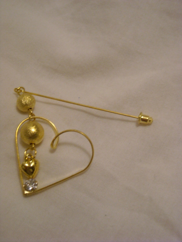 Hijab pin golden heart