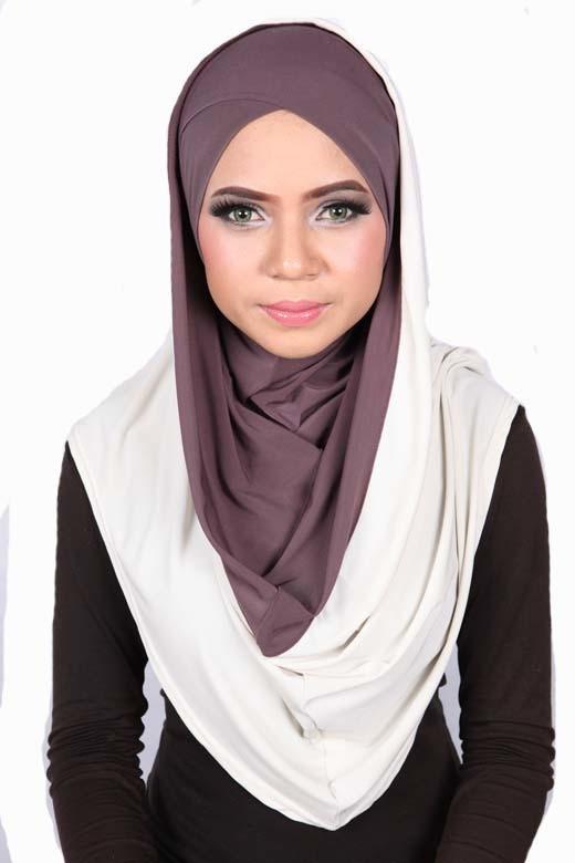 Smart Cut Hoodie Hijab Brown / Cream