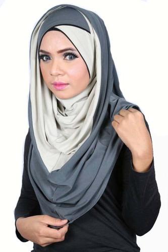 Smart Cut Hoodie Hijab Croisé Grey / ice innen dunkel aussen hell - foncé  l'intérieur et partie clair à l'extérieur
