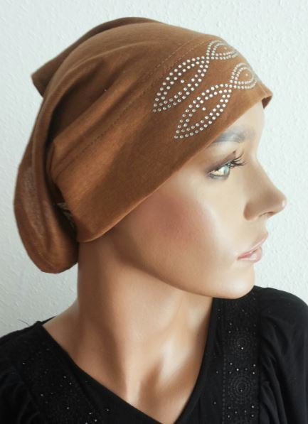 Bonnet caramel strass