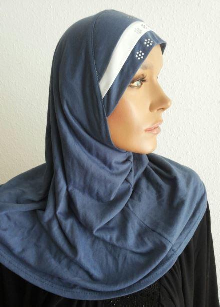 Amira Hijab Denim Blue / White