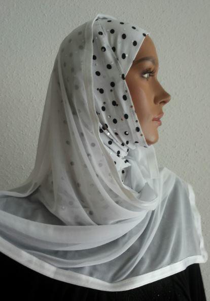 Kuwait Hijab White, Black Dots