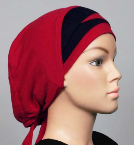 Bonnet rot-schwarz / Bonnet rouge-noir / Cap red-black