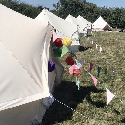 Basic Glamper - Unfurnished  (includes £50.00 refundable deposit) CHILLED IN A FIELD