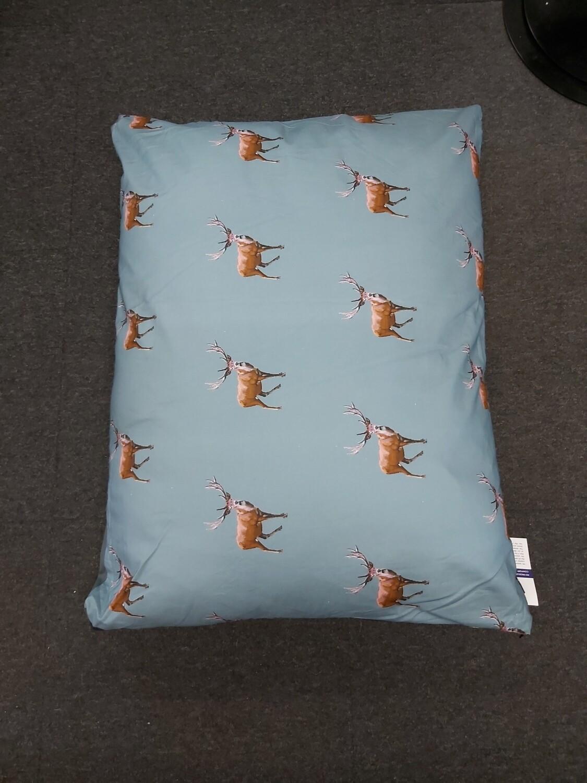 Luxury Cushion - Stag - 90x70cm