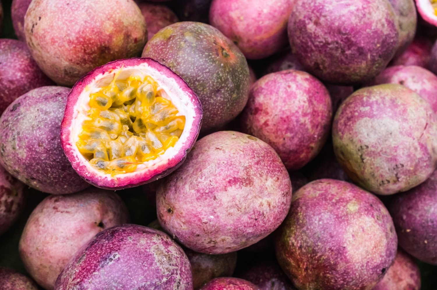 Red Passion Fruit - 24 plump fruits (or Equivalent 6 pounds) box - Fresh - Aromatic & Flavorful - Florida Grown, Seasonal, Tropical
