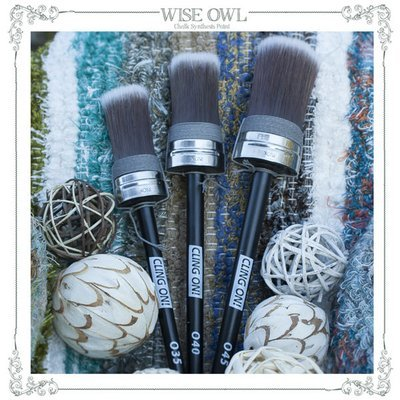 Oval Cling On Brush:  O40 Medium ***FREE SHIPPING***