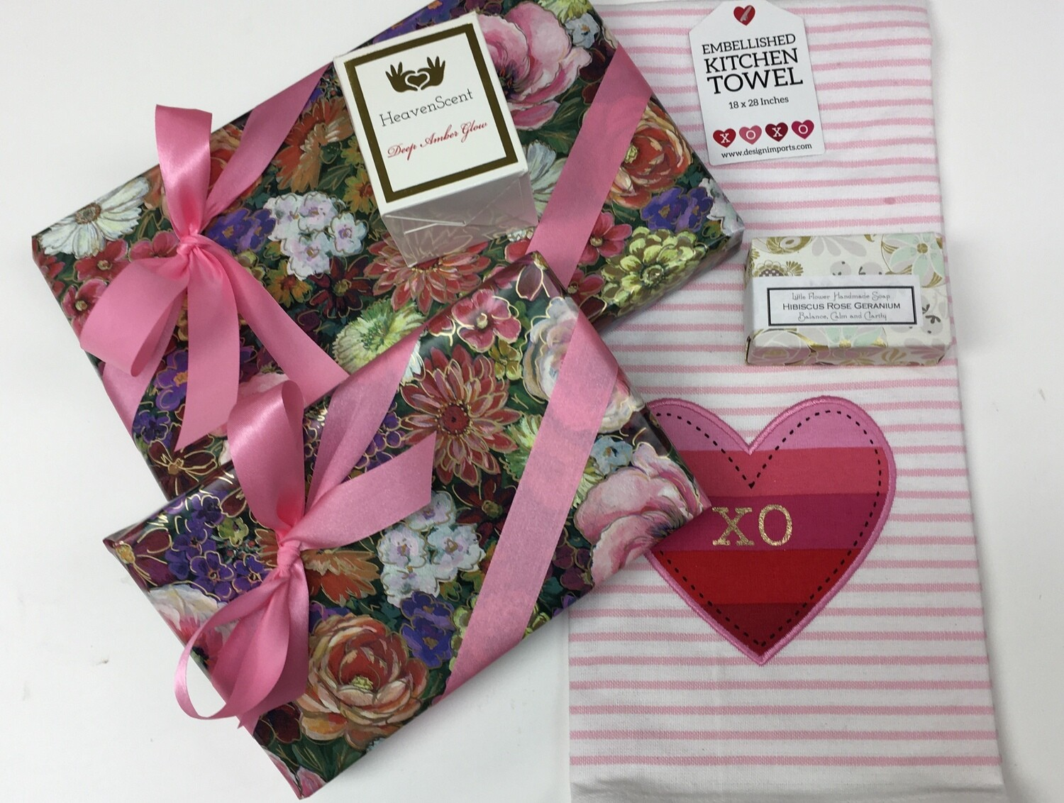 Medium Mom's Day Package.  Choice of 3 Kitchen Towel Designs.  FREE SHIPPING.