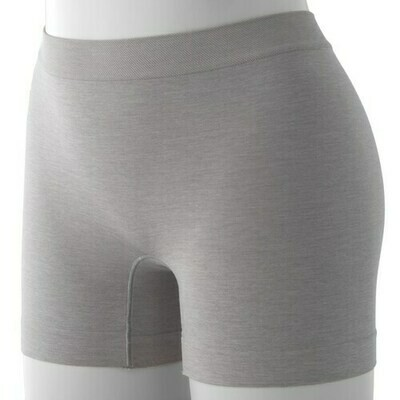 BARELY THERE Shaping Smooth A'Tude Shorts