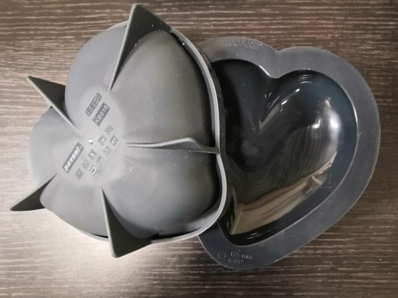 Форма Pavoni Pavocake Сердце 3D 960 мл