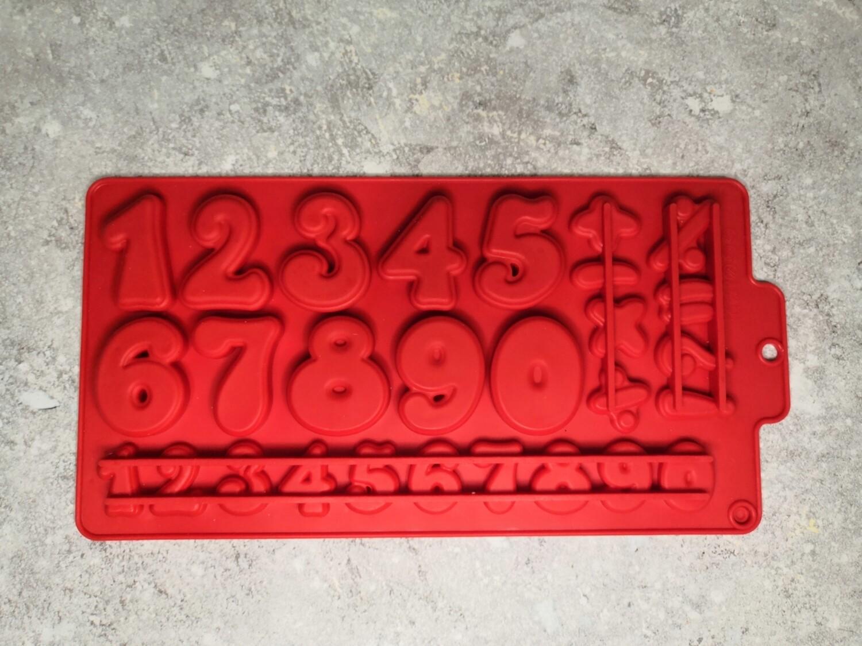 Форма силиконовая Цифры 30,2*16 см 28 ячеек