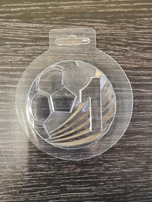 Пластиковая форма для шоколада Медаль футболисту