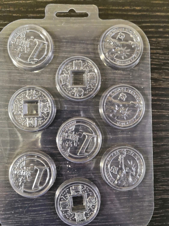 Пластиковая форма для шоколада Монеты 9 ячеек