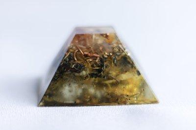 Manifesting Mound SOLOrgonite