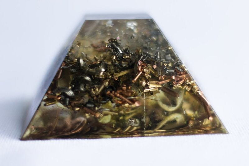 Clearing Mound SOLOrgonite