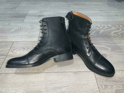 Boots Figari by ANGELO GOLEO