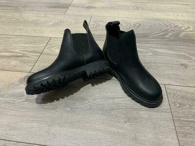 Boots Campi by ANGELOE GOLEO