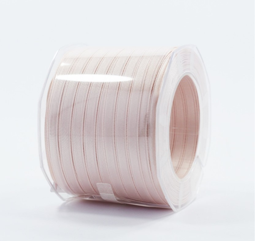 Furlanis nastro di raso cipria chiaro colore 52 mm.6 Mt.100