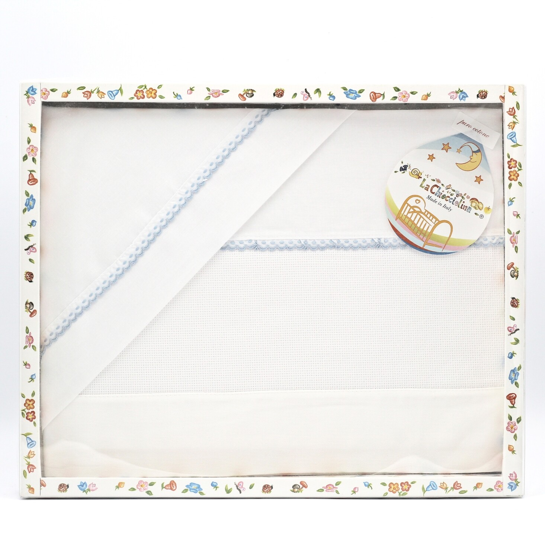 Coordinato lettino bianco con bordatura celeste Pz.1