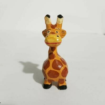 "1"" Mini Giraffe Decor Figurine"
