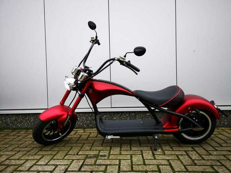 Echopper Mat Rood + Custom seat