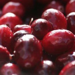 Fresh Frozen Cranberries (2.5 pound package)